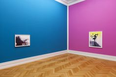 Shirana Shahbazi at Kunsthalle Bern (Contemporary Art Daily) Bedroom Paint Design, Bedroom Wall Designs, Bedroom Wall Colors, Wall Paint Colors, Wall Paint Colour Combination, Living Room Color Combination, Wall Painting Living Room, Paint Colors For Living Room, House Colors