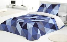 Beautiful origami duvet cover in shades of purple and blue. College Bedding, Shades Of Purple, King Size, Duvet Covers, Comforters, Origami, Blanket, Blue, Diet