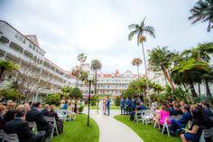 Hotel Del Coronado wedding, formal courtyard wedding, bride, groom, Photography by Sarah Zimmer Photography http://sarahzimmerphotography.com