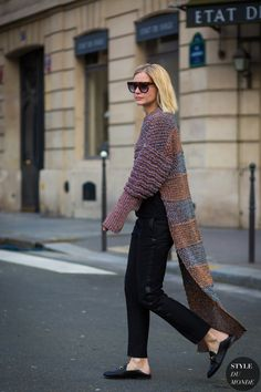 Long cardi with black pants and Gucci loafers.