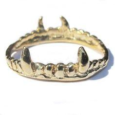 Verameat - Vampire Crown  Ring