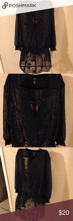 Pretty Alfani sheer fashion blouse size 20W look! Very pretty blouse the cami that came underneath is missing, its sheer so just add a black cami and your good to go Alfani Tops Blouses