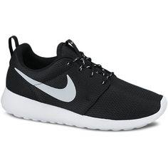 Nike Rosherun Sneakers (650 SEK) ❤ liked on Polyvore