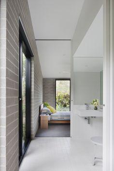 Hover Casa / Bower Arquitetura