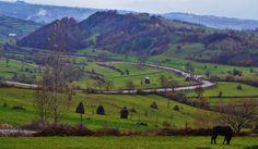 http://www.touringromania.com/regions/maramures.html