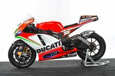 Nicky Hayden's Ducati MotoGP bike on display at the International Motorcycle Show #motorcycleshows