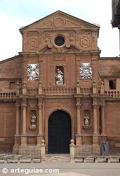 Fachada barroca de la catedral de Calahorra (La Rioja)