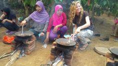 Wisata Kuliner Banyuwangi - Petik Kopi Langsung di Kebun, Minumnya Bisa Dicampur Susu Kambing Etawa
