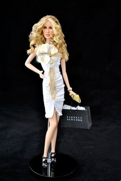 Carrie Bradshaw OOAK Barbie Doll by Magia 2000 (from Sex and the City, The Movie)