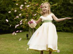 #NOVARESE #wedding #garden #kids #dress