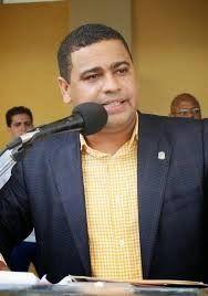 Stanley Roy informa: DIPUTADO TULIO JIMENEZ SUFRE ACCIDENTE AUTOMOVILÍS...