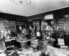 View of Lord Dudley's sitting room, 100 Park Lane, Westminster, 1890