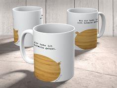 Tasse Schwein Classic aus Keramik  Weiß - Das Original von Mr. & Mrs. Panda.  Eine wunderschöne spülmaschinenfeste Keramiktasse (bis zu 2000 Waschgänge!!!) aus dem Hause Mr. & Mrs. Panda, liebevoll verziert mit handentworfenen Sprüchen, Motiven und Zeichnungen. Unsere Tassen sind immer ein besonders liebevolles und einzigartiges Geschenk. Jede Tasse wird von Mrs. Panda entworfen und in liebevoller Arbeit in unserer Manufaktur in Norddeutschland gefertigt.     Über unser Motiv Schwein Classic…