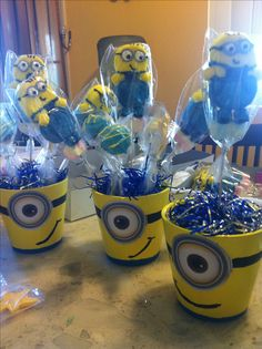 Minion table decor