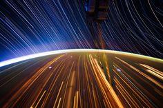 宇宙から見た星の軌跡:ハムスター速報