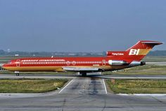 Braniff International B727 taxiing at Chicago O'Hare 1980