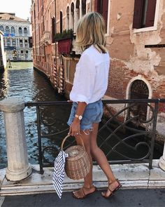 "Emma Hill | EJSTYLE on Instagram: ""Venezia! Catch all the fun on my stories #MirrorPicturing Shop my outfit via the link in my bio http://liketk.it/2rUsR #liketkit…"""
