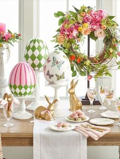 Wonderful Easter Decoration Ideas For Your Inspiration; Easter Table Decoration Ideas With Egg And Bunny; Egg And Bunny; Ostern Party, Diy Ostern, Diy Spring, Spring Crafts, Easter Table Decorations, Easter Decor, Easter Ideas, Easter Centerpiece, Decorating For Easter