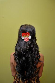 Christmas Hair Ideas: Candy Cane Christmas Hair Pin