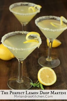 This lemon drop martini is my version of heaven. Simple to prepare and lemony perfection to drink. Try my lemon sugar recipe on the rim - it is excellent! You can make these a few at a time or mix up (Favorite Recipes Brunch Food) Lemon Drop Martini, Lemon Drop Drink, Lemon Drop Cocktail, Lemon Drop Shots, Key Lime Martini, Party Drinks, Cocktail Drinks, Cocktail Recipes, Cocktail Maker