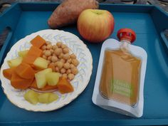 Homemade baby food: Chick Pea, Sweet Potato, Apple Puree Toddler Meals, Kids Meals, Toddler Food, Baby Solid Food, Making Baby Food, Baby First Foods, Sweet Potato And Apple, Healthy Baby Food, Vegan Baby