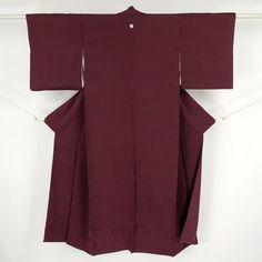 Enji red, silk iromuji kimono / えんじ色地に凹凸感のある柄の色無地 http://www.rakuten.co.jp/aiyama #Kimono #Japan #aiyamamotoya