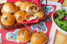 Petits pains farcis à la viande hachée - Couscous et Puddings