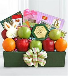 Celebrate your special occasion with the Spring Delights Easter Fruit Box from Brant Florist online worldwide florist. Same day delivery to USA and Canada Best Gift Baskets, Easter Gift Baskets, Fruit Gifts, Candy Gifts, Easter Wishes, Fruit Box, Easter Traditions, Gourmet Gifts, Easter Crafts For Kids