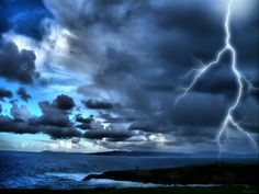 salamointia-thunder and lightning