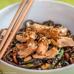 Soba nudle se zelím, žampiony a lososem - Spicy Crumbs Japchae, Spicy, Ethnic Recipes, Food, Essen, Meals, Yemek, Eten