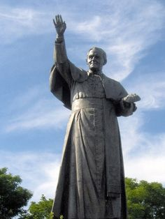 St John Paul statue at Jasna Gora Luke The Evangelist, Juan Pablo Ll, Our Lady Of Czestochowa, Statues, Poland Travel, Our Lady Of Sorrows, Pope John Paul Ii, The Monks, Famous Landmarks