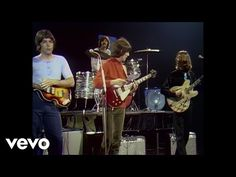 The Beatles - Hey Jude - YouTube