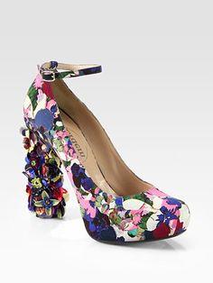 Nicholas Kirkwood Erdem Millian Floral-Print Satin & Paillette Heel Pumps