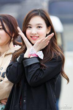 Twice Nayeon Wallpapers - Wallpaper Cave Kpop Girl Groups, Korean Girl Groups, Kpop Girls, Nayeon Twice, Twice Once, Fandom, Im Nayeon, Hirai Momo, Dahyun