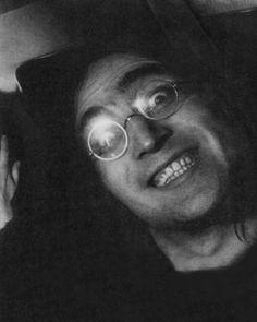 """I'm John and I too play guitar, sometimes I play the fool"" Foto Beatles, Beatles Band, John Lennon Beatles, Beatles Songs, Liverpool, Great Bands, Cool Bands, Bug Boy, Ringo Starr"
