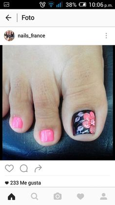 Pin by Jesica Gomez Botello on uñas in 2019 Pretty Pedicures, Pretty Toe Nails, Cute Toe Nails, My Nails, Toe Nail Color, Toe Nail Art, Nail Colors, Toenail Art Designs, Flower Pedicure Designs
