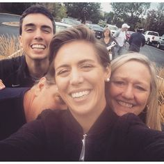 """""""Why they choose the person with the shortest arms is still a mystery but at least I made the front of the selfie #familia"""" Photo taken by @meghankling on Instagram, pinned via the InstaPin iOS App! http://www.instapinapp.com (09/13/2015)"""