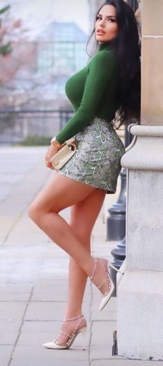 Hot Outfits, Fashion Outfits, Looks Pinterest, Sexy Legs And Heels, Elegantes Outfit, Sexy Skirt, Sexy Hot Girls, Gorgeous Women, Sexy Dresses