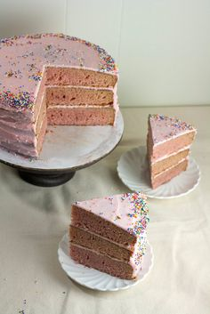 Hummingbird on High: The Brown Betty Bakery's Strawberry Cake with Strawberry Buttercream Frosting