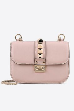 I find all the best deals on luxury brands like Valentino at bidaffairs.com