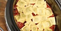 Here's how to make slow cooker ravioli lasagna