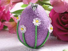 Spring Fling beaded felt Easter egg #crafts #tutorial