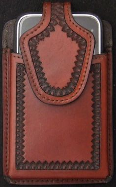 leather iphone case <3