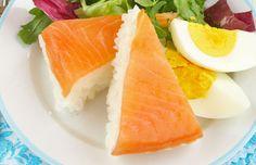 Rice and salmon cake