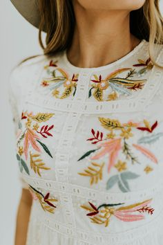 White embroidered dress that is fully lined - Pando Grove