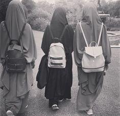 Pinterest: @çikolatadenizi Hijab Niqab, Muslim Hijab, Mode Hijab, Arab Girls Hijab, Muslim Girls, Muslim Women, Hijabi Girl, Girl Hijab, Niqab Fashion