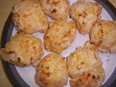 Garlic-Cheese Biscuits (Red Lobster style!)