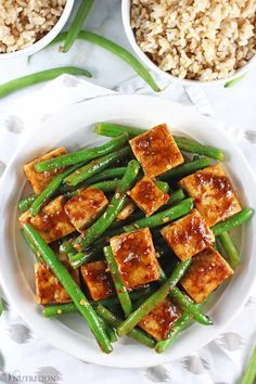 green bean This Tofu Green Bean Stir Fry is easy to make, healthy, and delicious. It's vegan, gluten-free, and doesn't contain MSG. Have the takeout without the guilt! Tofu Green Beans, Stir Fry Green Beans, Fried Green Beans, Tofu Recipes, Vegan Recipes Easy, Whole Food Recipes, Vegetarian Recipes, Sandwich Recipes, Chicken Recipes