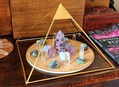 Crystal Room, Crystal Altar, Crystal Magic, Crystal Healing Stones, Crystal Decor, Crystals Minerals, Crystals And Gemstones, Stones And Crystals, Crystals Uk