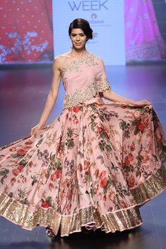 Anushree Reddy | Lakmé Fashion Week winter/festive 2016 #AnushreeReddy #LFWWF2016 #PM